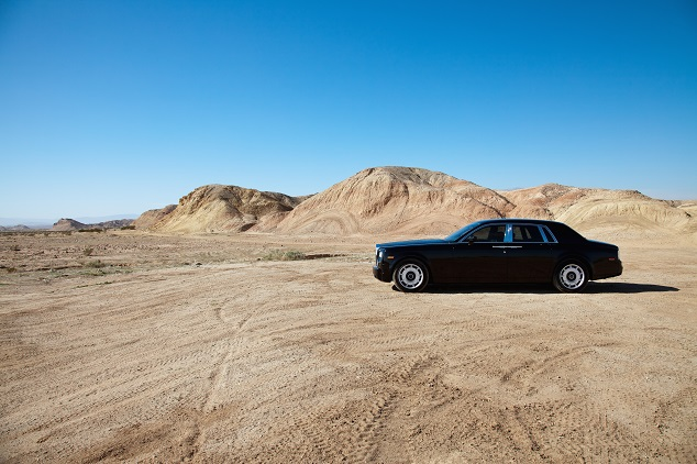 rolls royce dans le desert